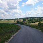 Droga w miejscowości Skorocice.