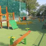 Plac zabaw dla dzieci w Wiślicy.